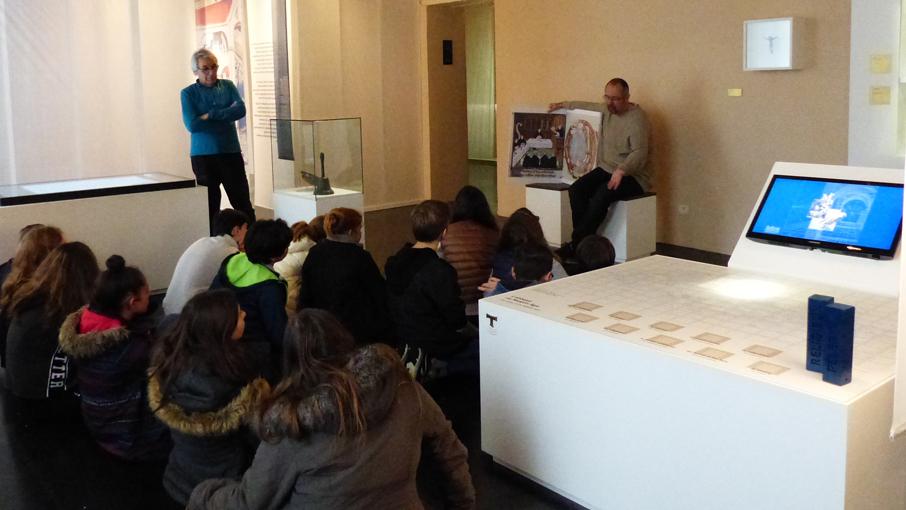 Visite scolaire  dans le parcours muséographique
